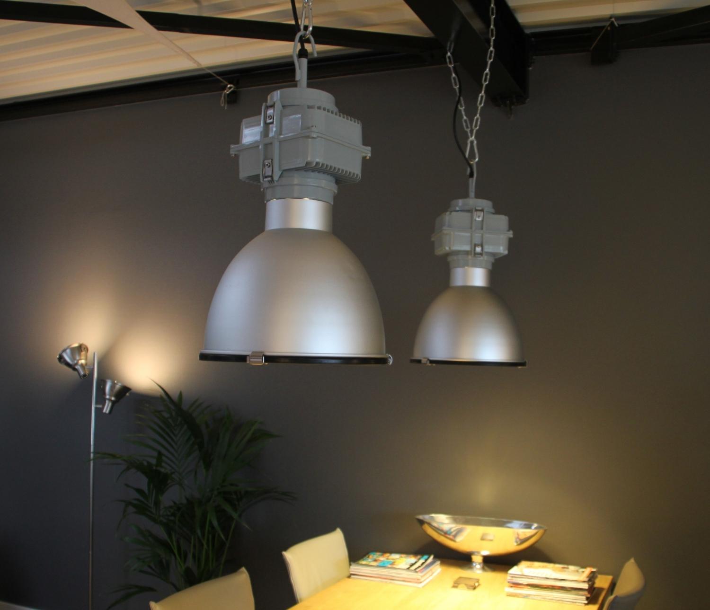 Industriu00eble hanglamp Stoere industriu00eble hanglamp die nog steeds in ...